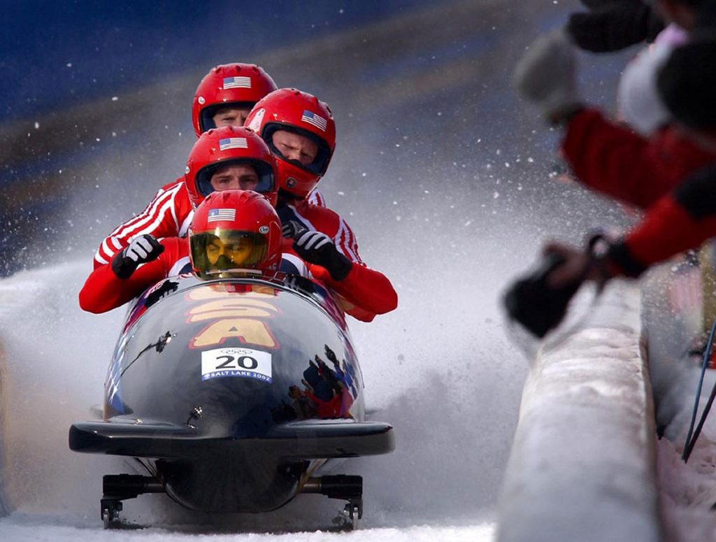 bobsled race - team players
